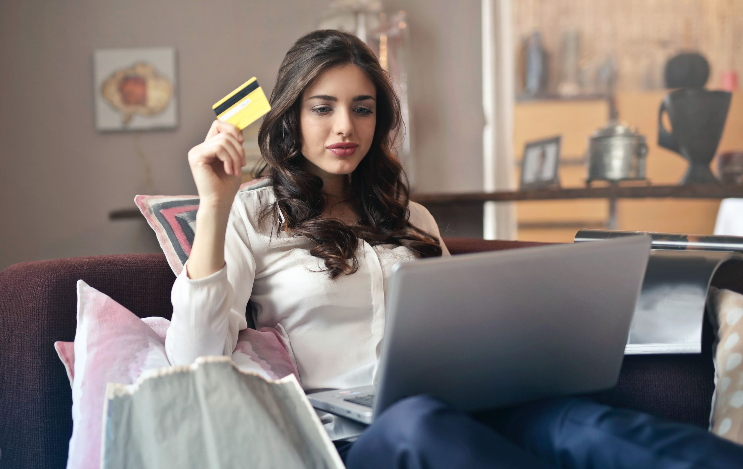 online shopping ecommerce credit card.jpg